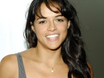 Michelle-Rodriguez-Wallpapers-3